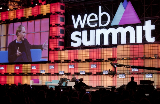 Startups At Web Summit 2016 | A Look at Startup Names!